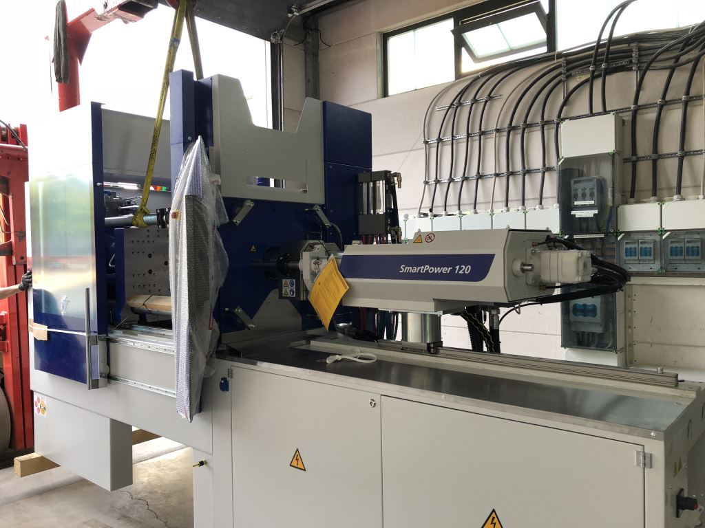 New injection-moulding machine